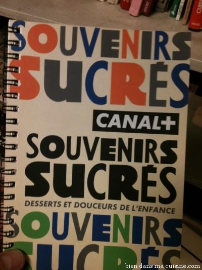 """Etonnants ces livres """"Canal +"""" au design très... euh.. marqué !"""