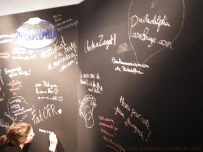 le désormais incontournable wall... (le mur, quoi, sur lequel vous gribouillez un truc