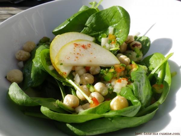 Salade épinards noisettes pomme.