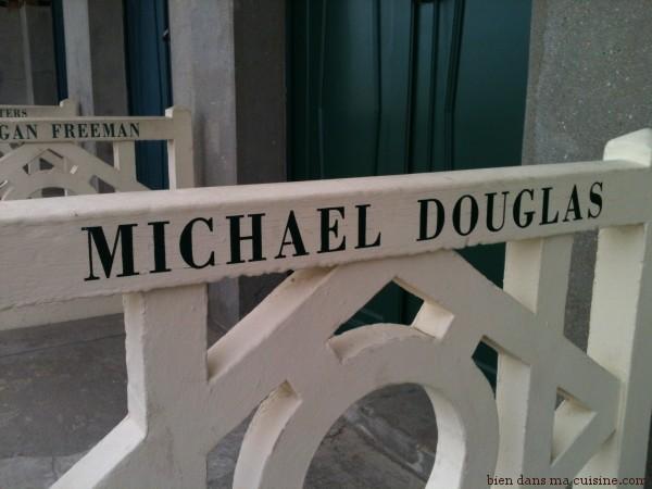 cabine M Douglas