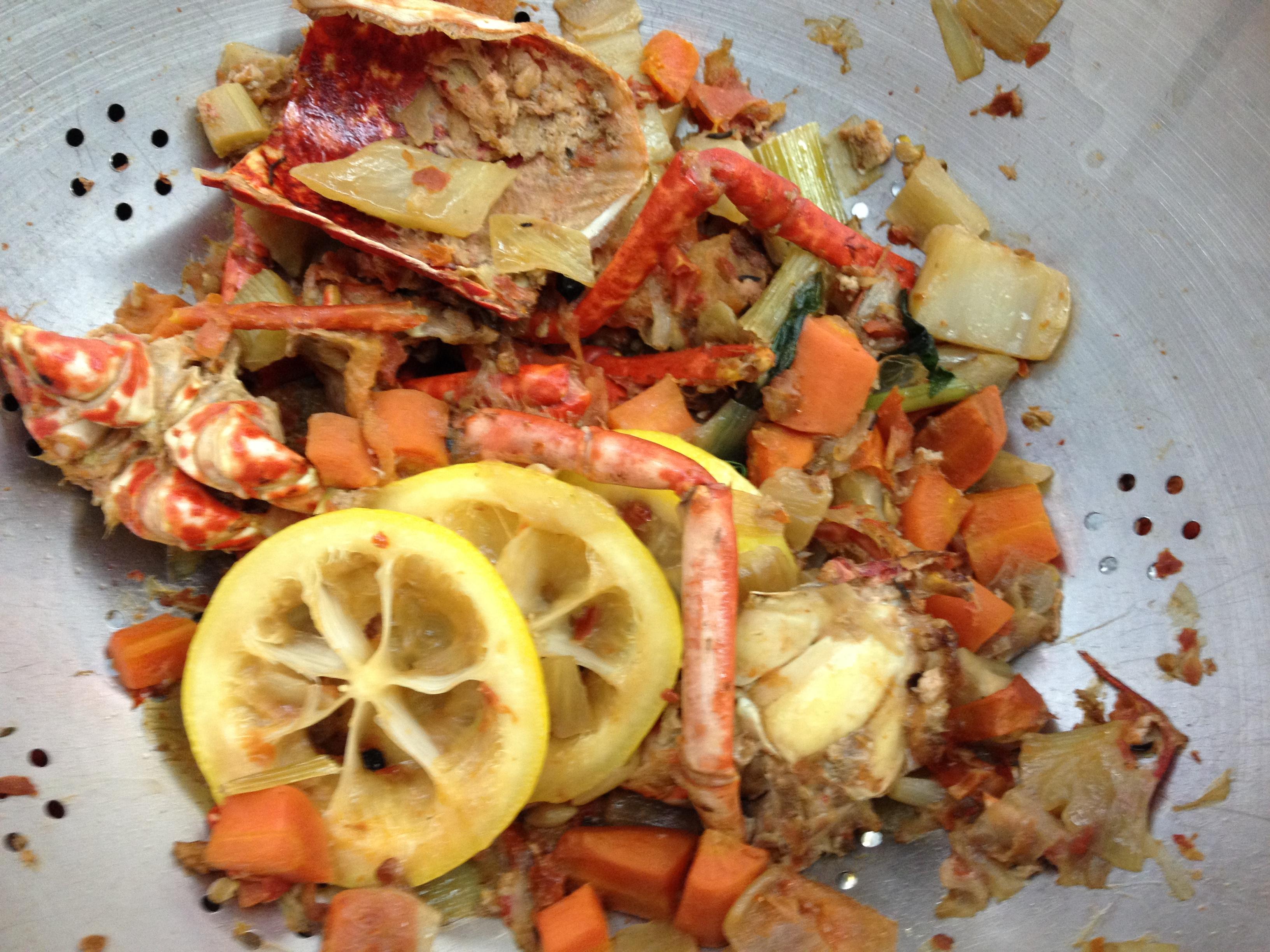 La recette de la bisque de homard par l cole de cuisine for Alain ducasse ecole de cuisine